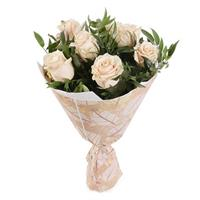 Bouquet of 7 cream-colored roses