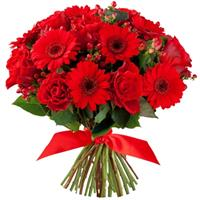 Bouquet with red roses and gerberas