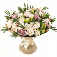 Bouquet of spray roses, alstromeria and orchids