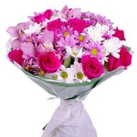 Bouquet of orchids, pink roses and chrysanthemum.