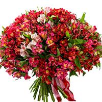 Bright bouquet of roses, gerberas and alstroemerias