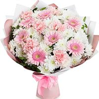 Bouquet of gerberas, carnations, chrysanthemums and alstromeries