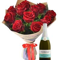 11 varieties of spray roses Lady Bombastik, champagne as a gift